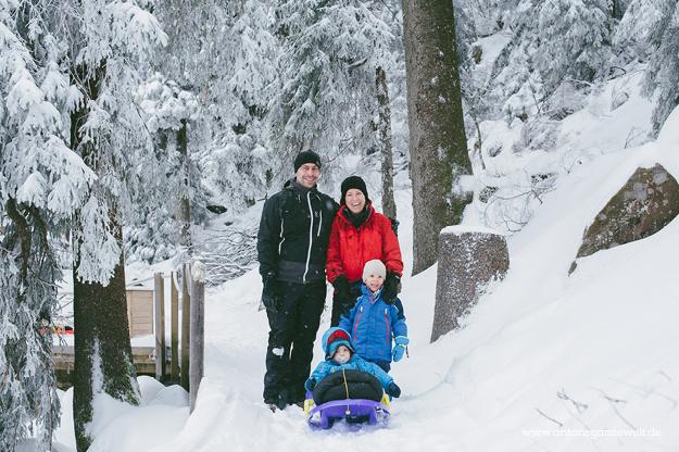 Rodel Schlittenfahren Mummelsee Schwarzwald mit Kindern4