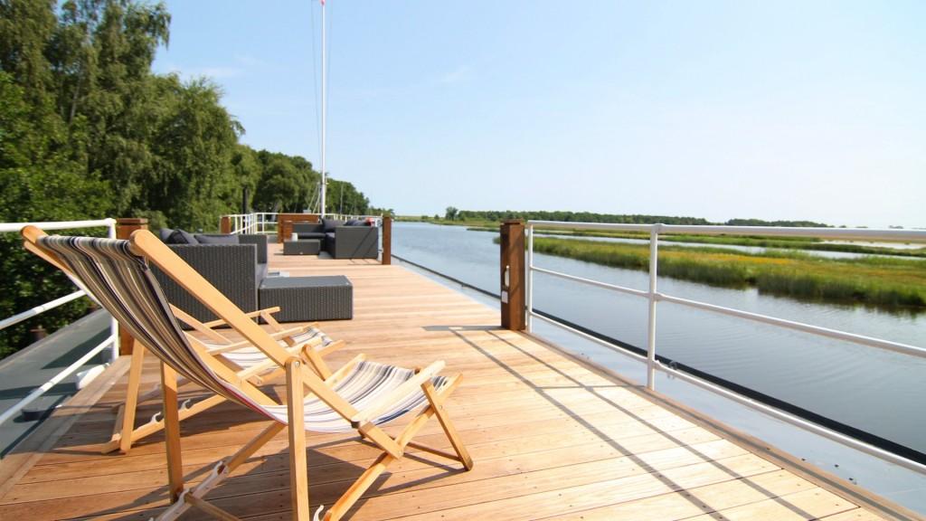 Urlaub-Sonnendeck-Panoramablick