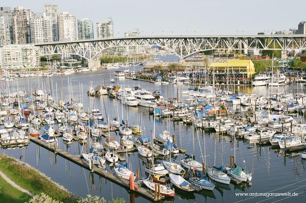 Discover Vancouvers Kitsilano by bike3