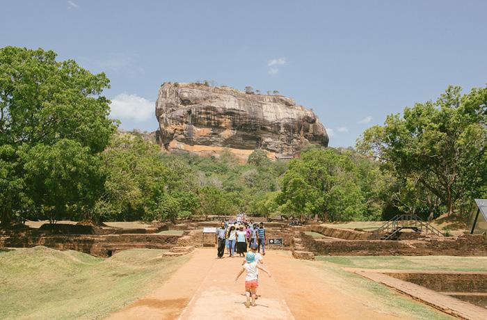 Sigiriya Sri Lanka Bild Reiseblog Antonsganzewelt Kinder