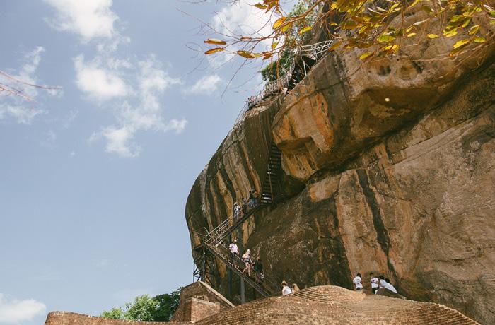 Sigiriya Sri Lanka Bild Reiseblog Antonsganzewelt Kinder10