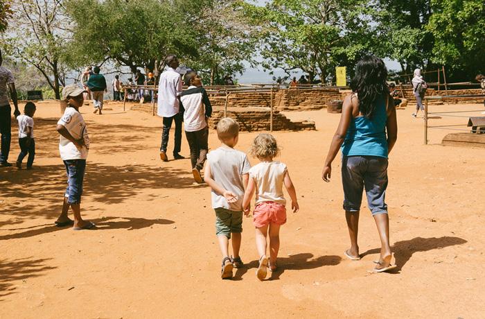 Sigiriya Sri Lanka Bild Reiseblog Antonsganzewelt Kinder7
