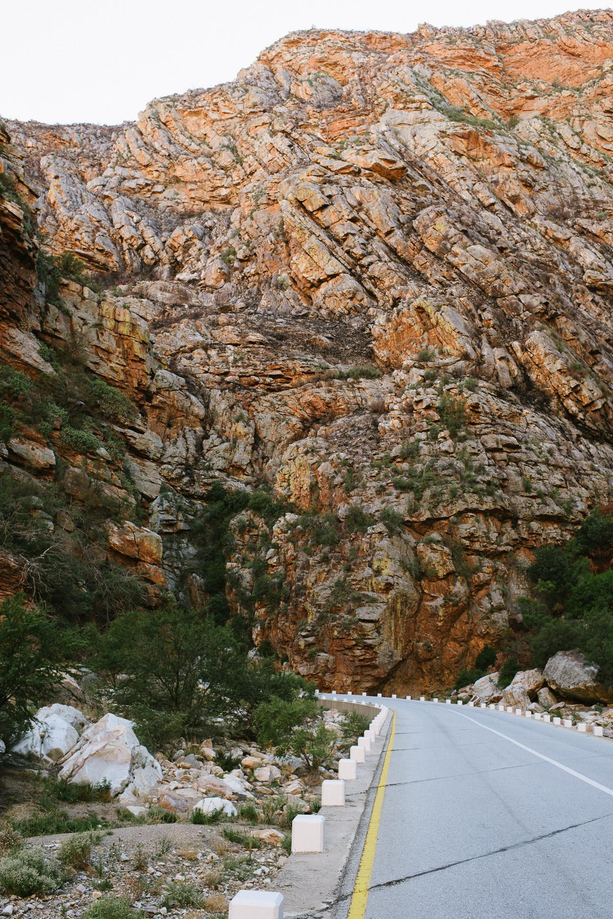 Enge Felsenschlucht am Meiringspaart Pass Südafrika